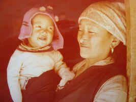 bébé et sa mère vivant à 4.200m