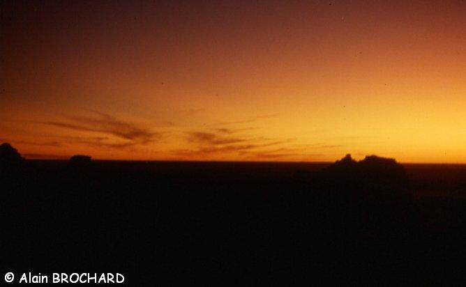 coucher de soleil sur le Tanezroufr