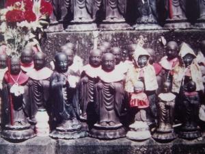 statuettes du dieu Jizo