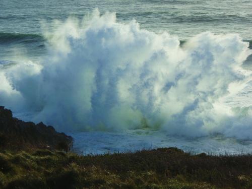 une vague énorme