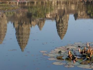 Retour d'Angkor dans CAMBODGE c-3