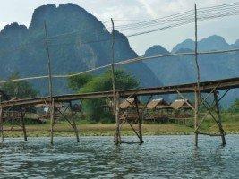Splendeurs du Laos - Vang Vieng (9/36) dans LAOS 405