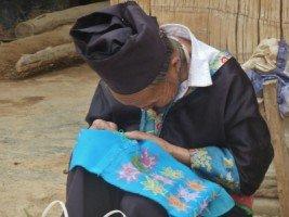 Splendeurs du Laos - les villages Hmong et Kamu (12/36) dans LAOS 630