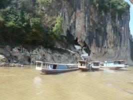 Splendeurs du Laos (22/36) les grottes de Pak Ou  dans LAOS 428