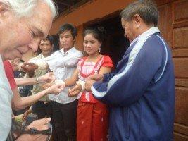 Splendeurs du Laos (13/36) mariage chez les kamu dans LAOS 710