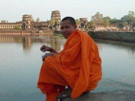 Splendeurs du Cambodge (32/36) Angkor Wat 1 dans CAMBODGE 626
