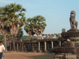Splendeurs du Cambodge (33/36) Angkor Wat 2 dans CAMBODGE 688