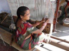 Images du Rajasthan (13 ) le tapis indien dans INDE RAJASTHAN fort-amber-37