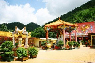 ten-thousand-buddhas-monastery-sha-tin dans CHINE