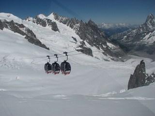 funivia_ghiacciai_vallee_blanche-copier dans montagne
