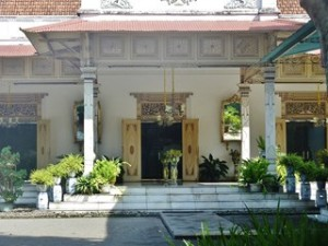A Java et Bali (9/41) le palais du Sultan, le Kraton dans INDONESIE 4-15-300x225