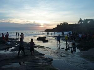A Java et Bali (19/41) Tanah Lot dans INDONESIE 8-25-300x225