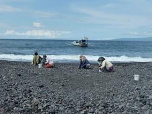 A Java et Bali (31/41) plage de Kusamba dans INDONESIE 12-17-300x225