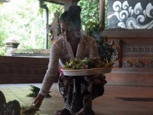 A Java et Bali (22/41) la danse du Barong dans INDONESIE 8-56-300x225