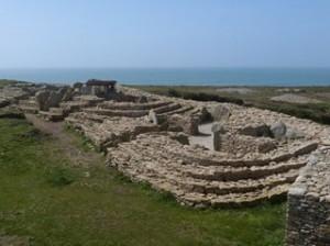 Les sites archéologiques de Menez Dregan et Pte du Souch (3/3) dans BRETAGNE p1000812-300x224