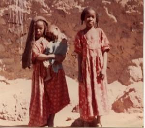 fillettes à Djanet (Copier)